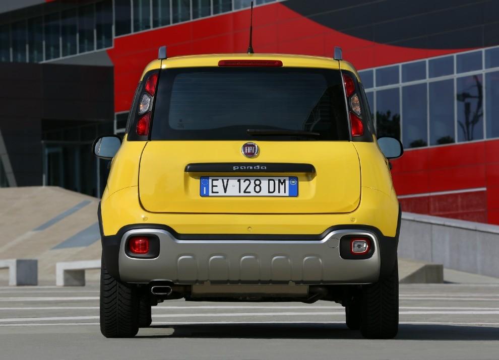 Fiat Panda Cross provata in pista a Balocco - Foto 4 di 15