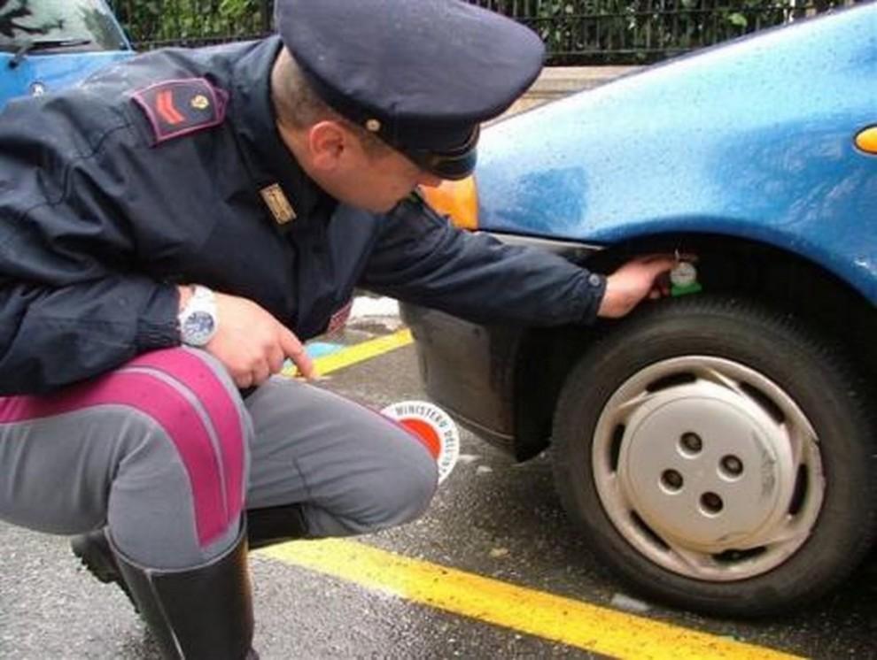 Controllo pneumatici auto: tutto quello che c'è da sapere - Foto 1 di 6
