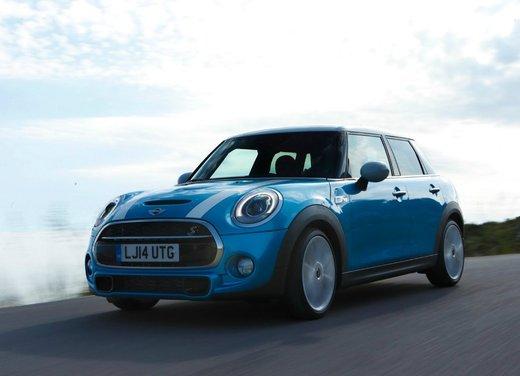Nuova Mini 5 porte prestazioni e consumi della gamma motori