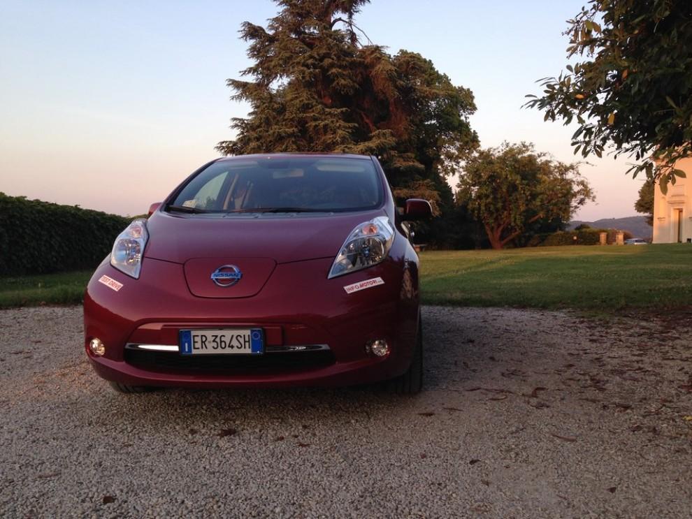 Nissan Leaf, prova su strada dell'elettrica full zero emission - Foto 14 di 14