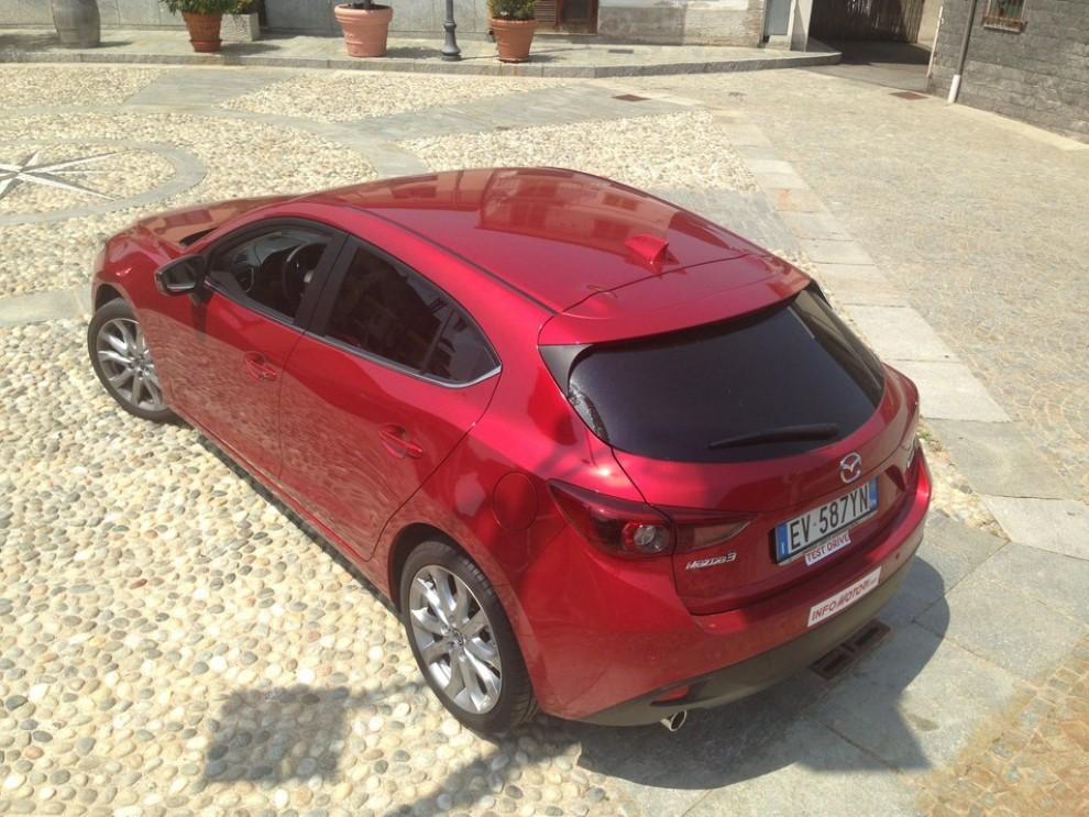 Mazda3 2.2 150 CV provata su strada - Foto 9 di 15