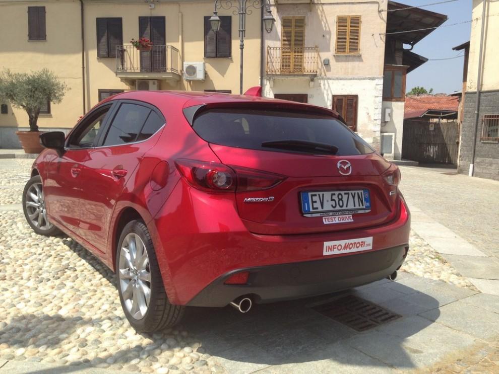 Mazda3 2.2 150 CV provata su strada - Foto 11 di 15