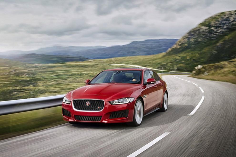 Jaguar XE, nuova gamma di accessori e grande personalizzazione - Foto 18 di 23