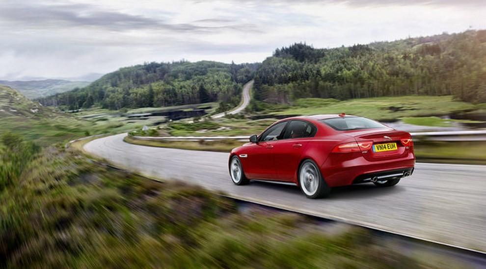 Jaguar XE, nuova gamma di accessori e grande personalizzazione - Foto 19 di 23