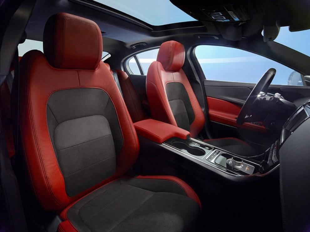 Jaguar XE, nuova gamma di accessori e grande personalizzazione - Foto 21 di 23