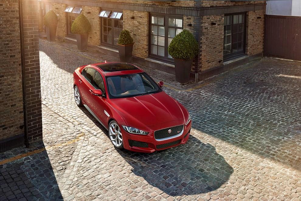 Jaguar XE, nuova gamma di accessori e grande personalizzazione - Foto 23 di 23