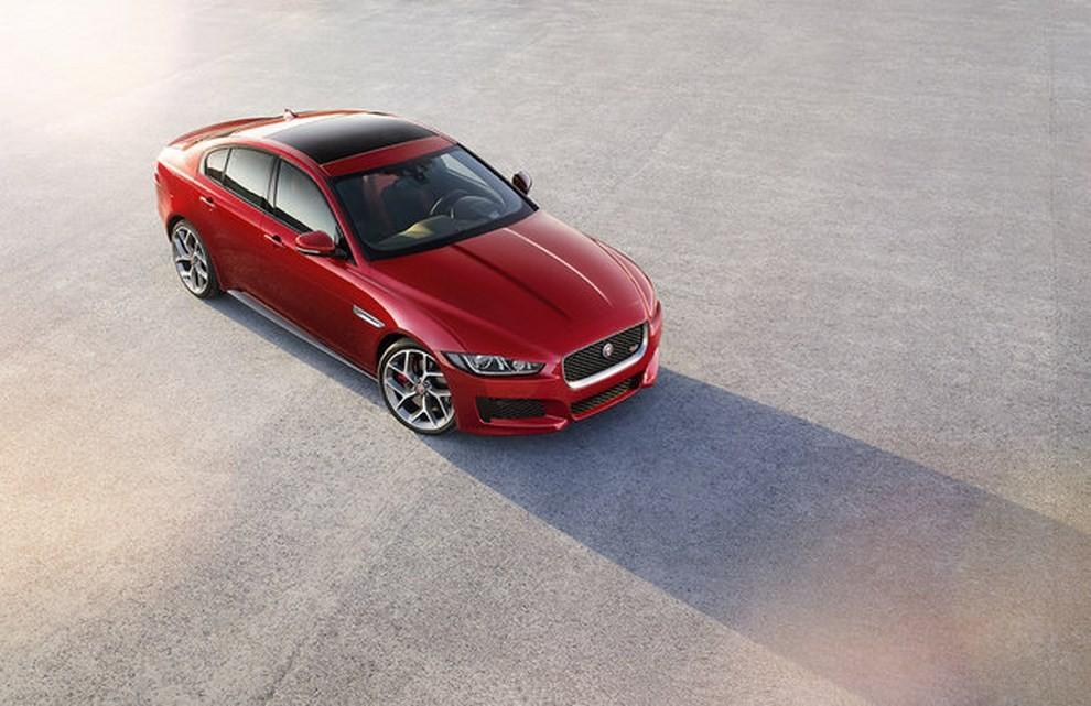Jaguar XE, nuova gamma di accessori e grande personalizzazione - Foto 5 di 23