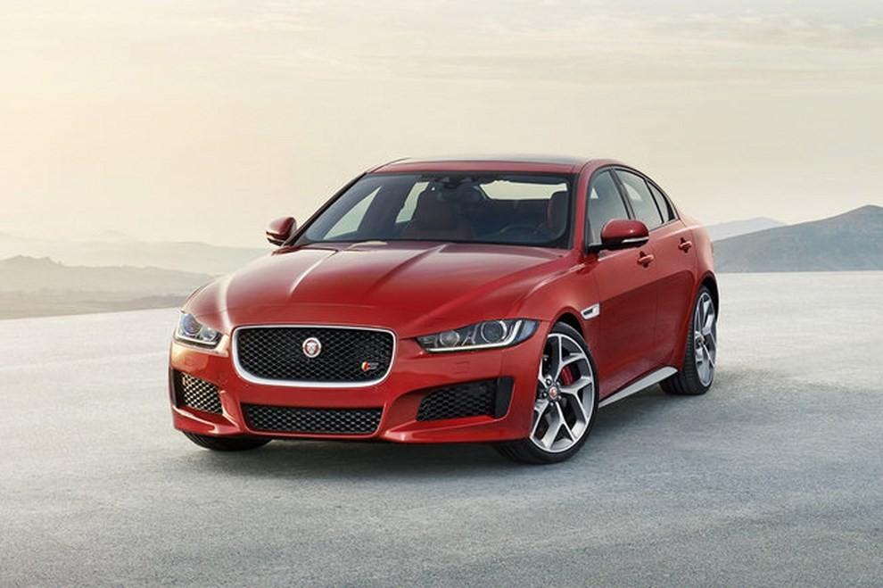 Jaguar XE, nuova gamma di accessori e grande personalizzazione - Foto 6 di 23