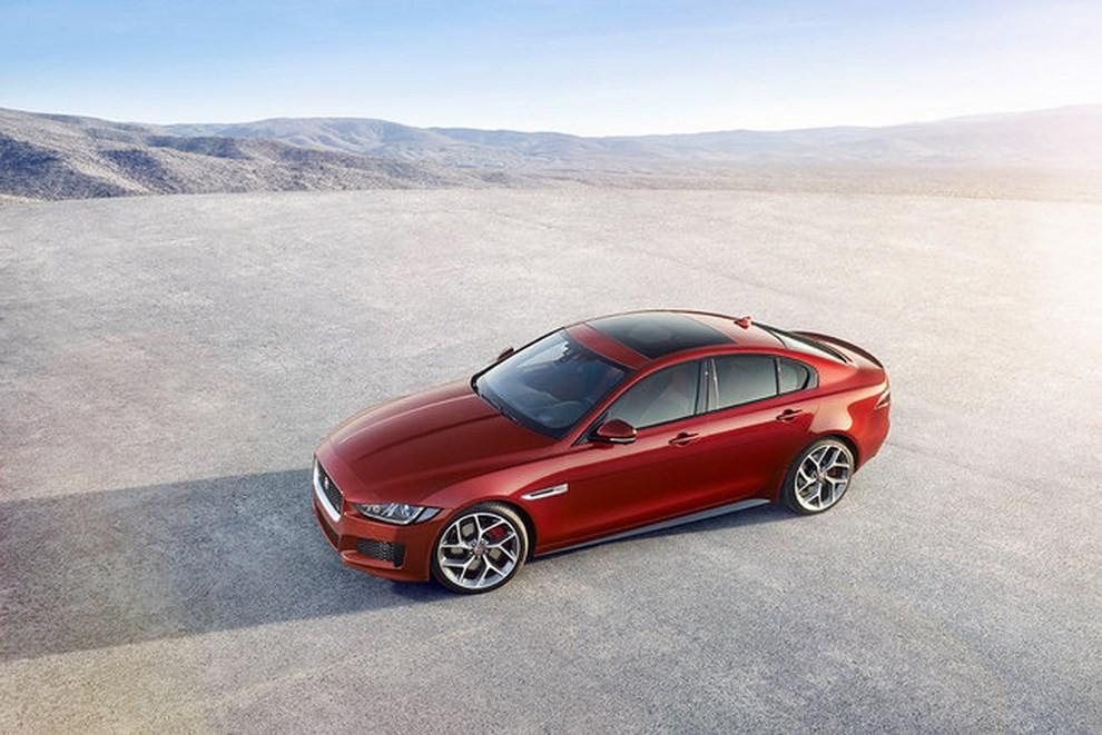 Jaguar XE, nuova gamma di accessori e grande personalizzazione - Foto 11 di 23