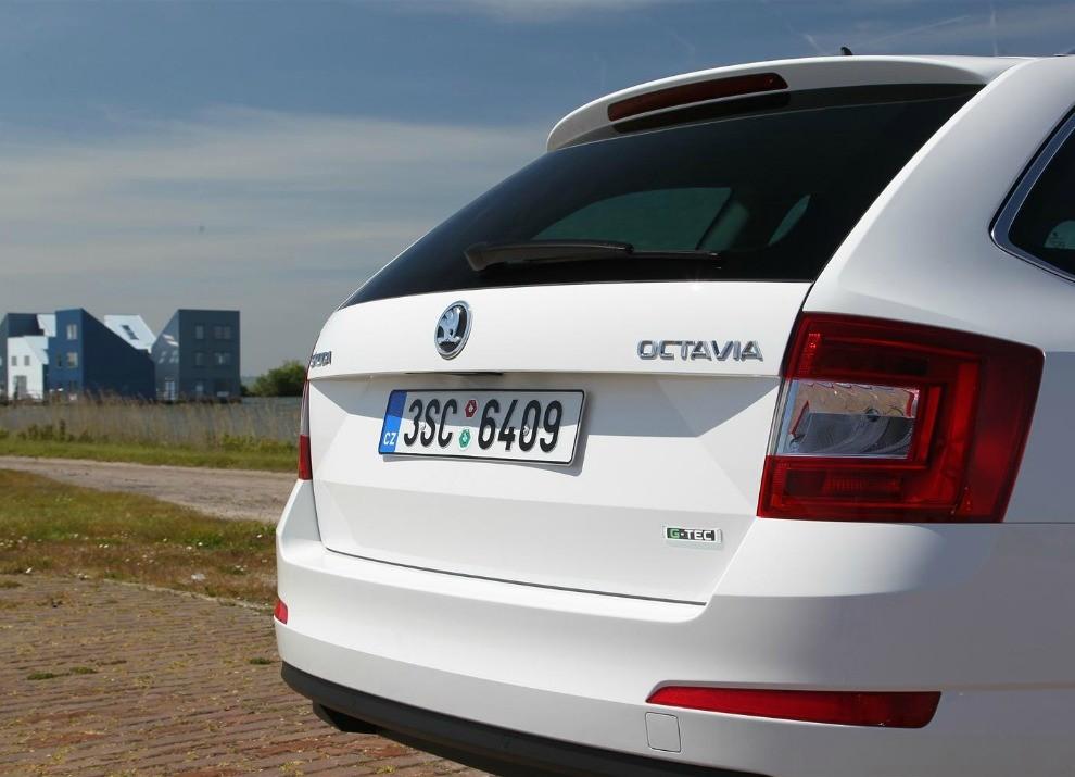 Skoda Octavia Wagon G-TEC democratizza il metano - Foto 3 di 6