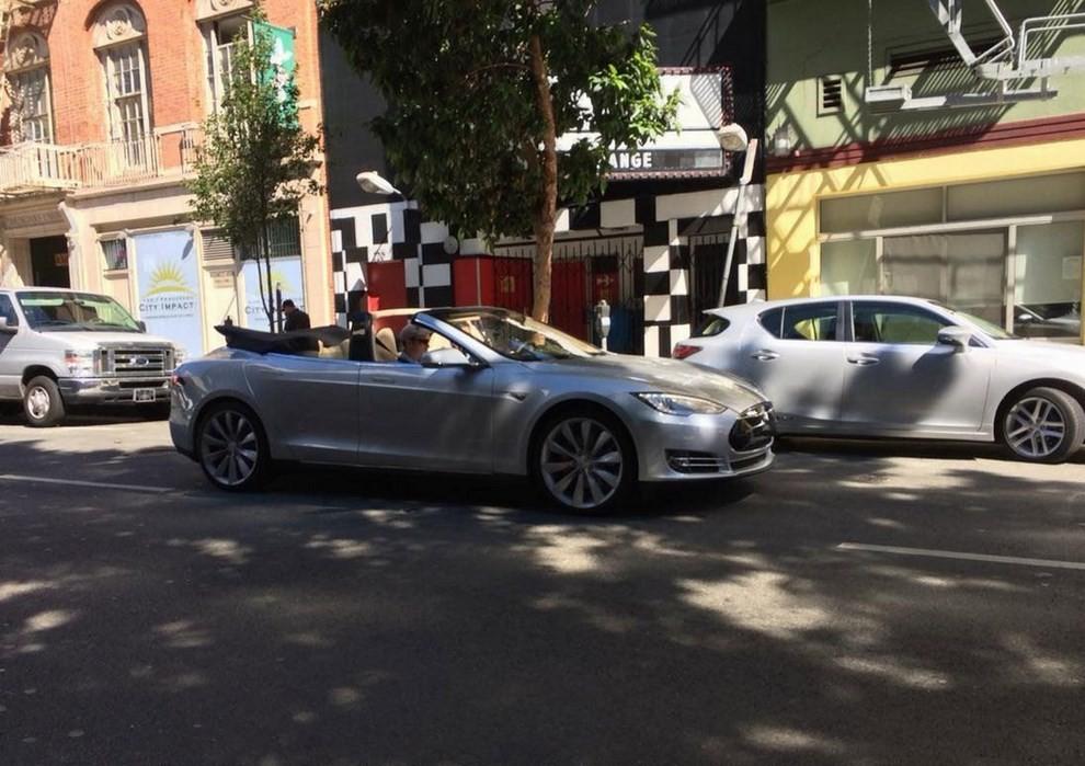Tesla Model S Roadster Ares Design, la nuova cabrio elettrica - Foto 1 di 4