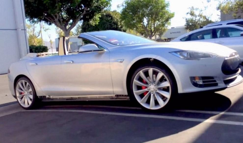 Tesla Model S Roadster Ares Design, la nuova cabrio elettrica - Foto 3 di 4