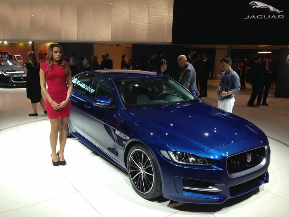 Jaguar XE, nuova gamma di accessori e grande personalizzazione - Foto 1 di 23