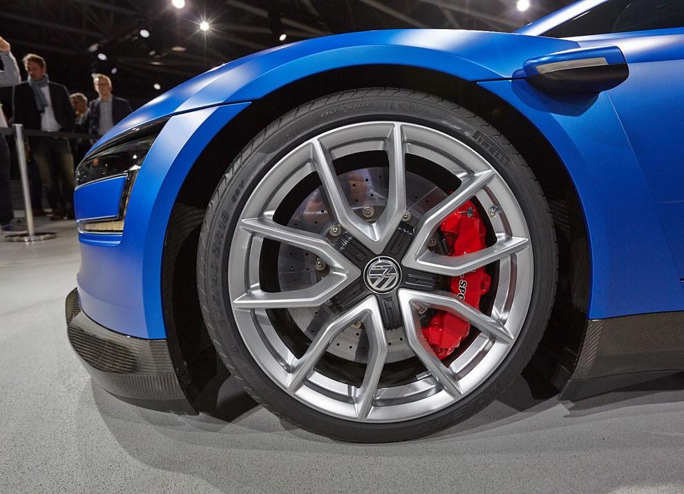 Volkswagen XL Sport Concept - Foto 13 di 19
