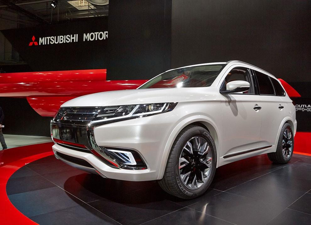 Mitsubishi Outlander: le informazioni sulla gamma ed i prezzi - Foto 5 di 10