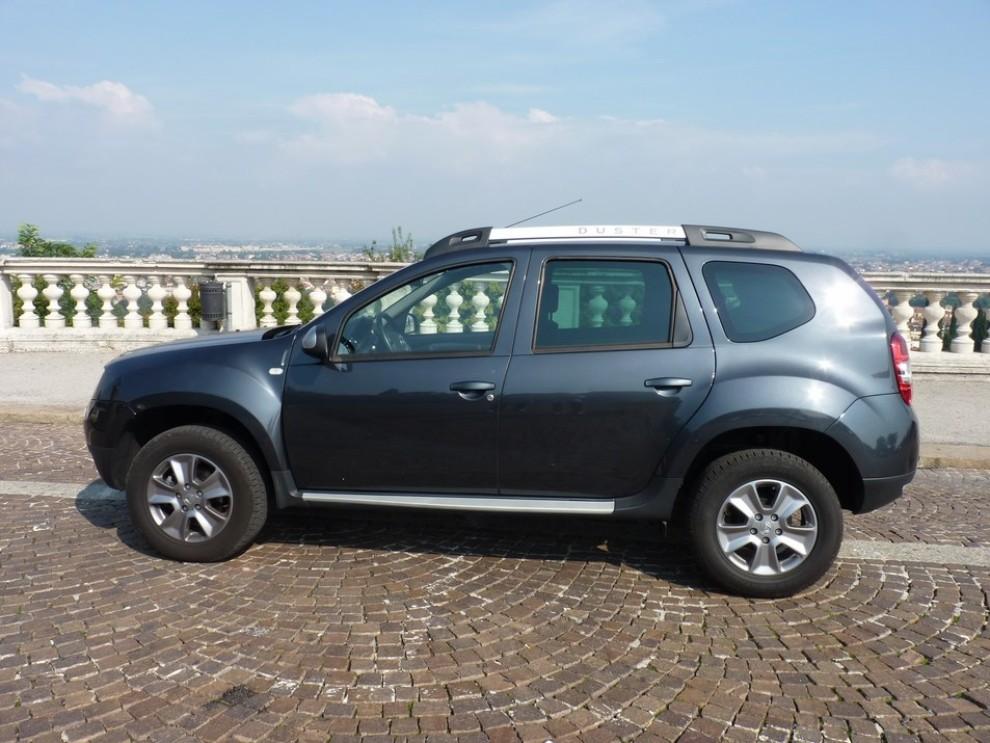 Dacia duster 4 4 110 cv provata su strada e fuoristrada for Immagini dacia duster
