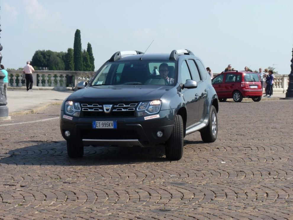Dacia duster 4 4 110 cv provata su strada e fuoristrada for Prova su strada dacia duster 4x4