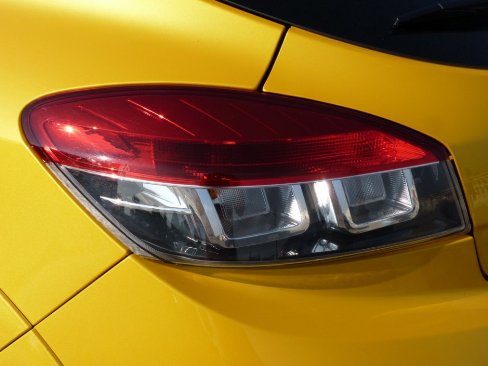Renault Megane Coupè RS 16V 265 CV prova su strada - Foto 24 di 24