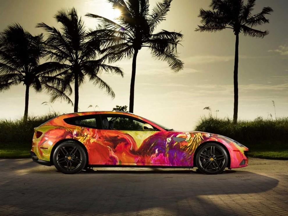 Ferrari FF trasformata in un'opera d'arte - Foto 13 di 25