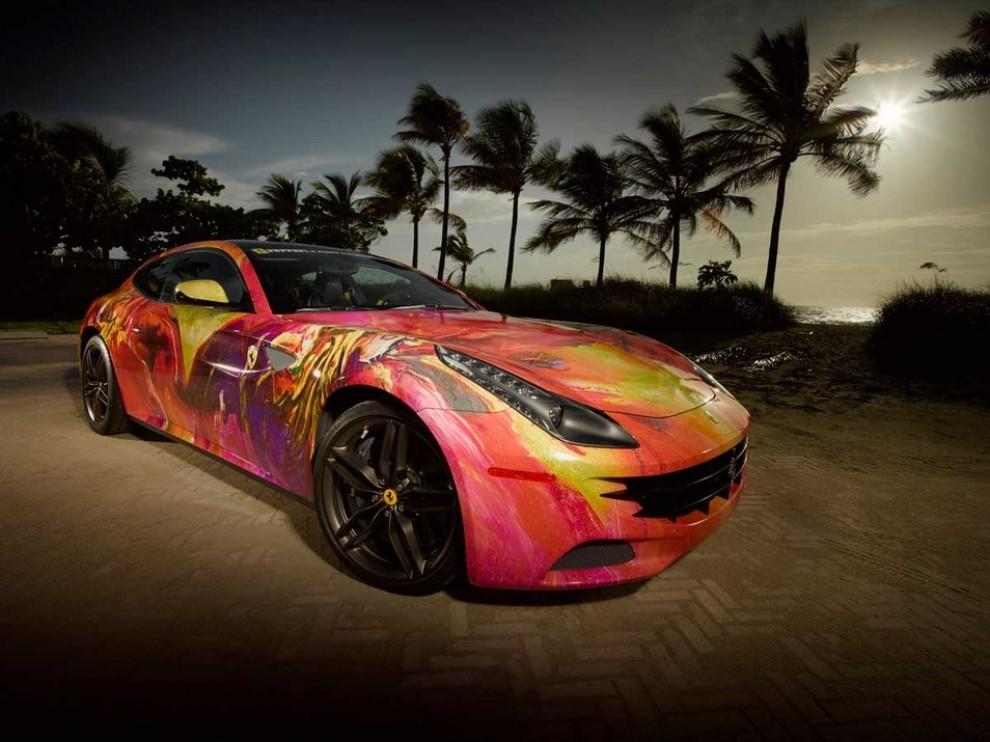 Ferrari FF trasformata in un'opera d'arte - Foto 14 di 25