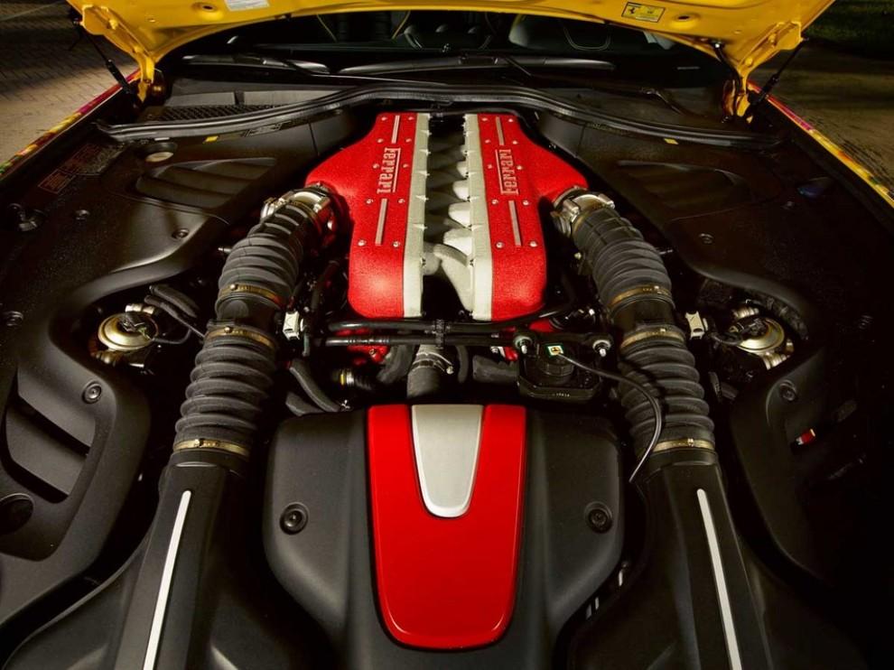 Ferrari FF trasformata in un'opera d'arte - Foto 15 di 25