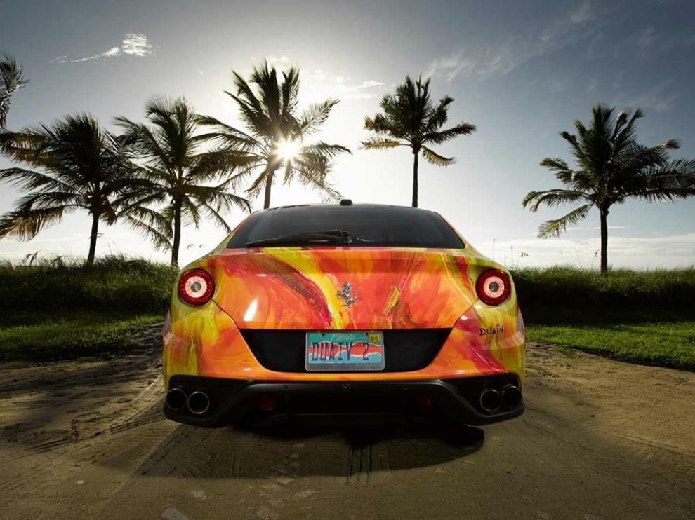 Ferrari FF trasformata in un'opera d'arte - Foto 23 di 25