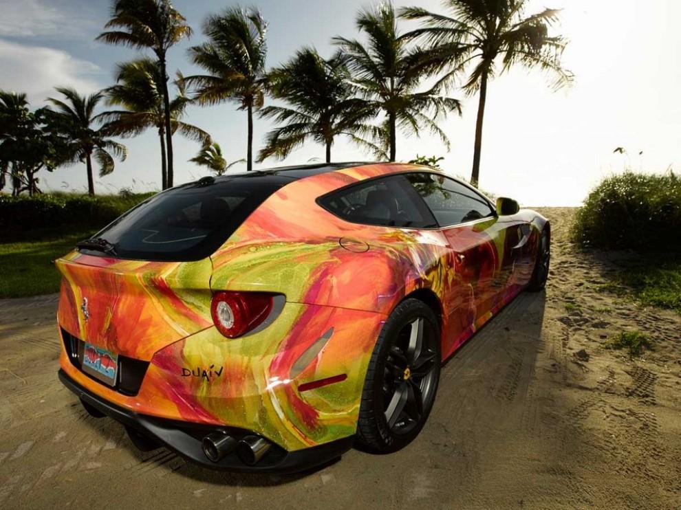 Ferrari FF trasformata in un'opera d'arte - Foto 25 di 25