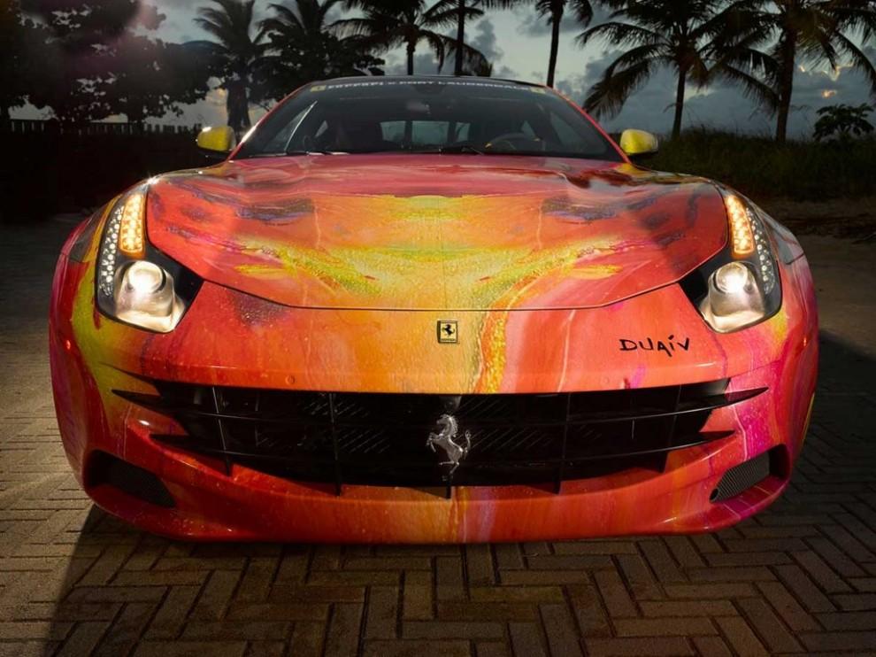 Ferrari FF trasformata in un'opera d'arte - Foto 3 di 25