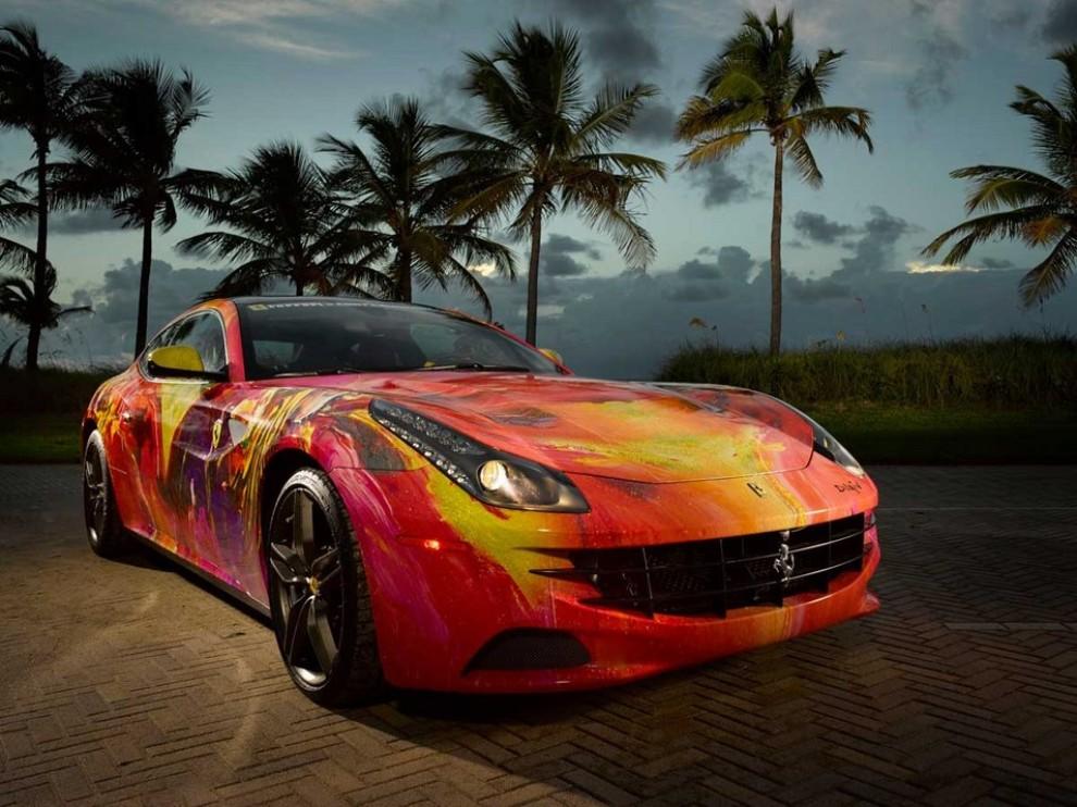 Ferrari FF trasformata in un'opera d'arte - Foto 4 di 25