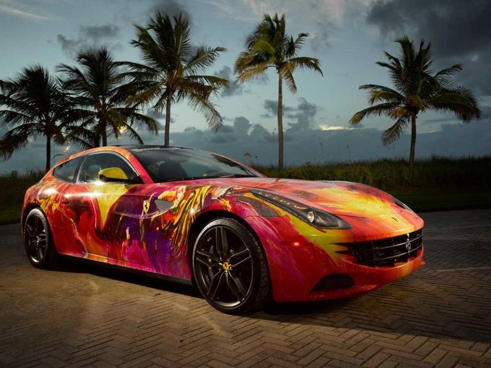 Ferrari FF trasformata in un'opera d'arte - Foto 5 di 25