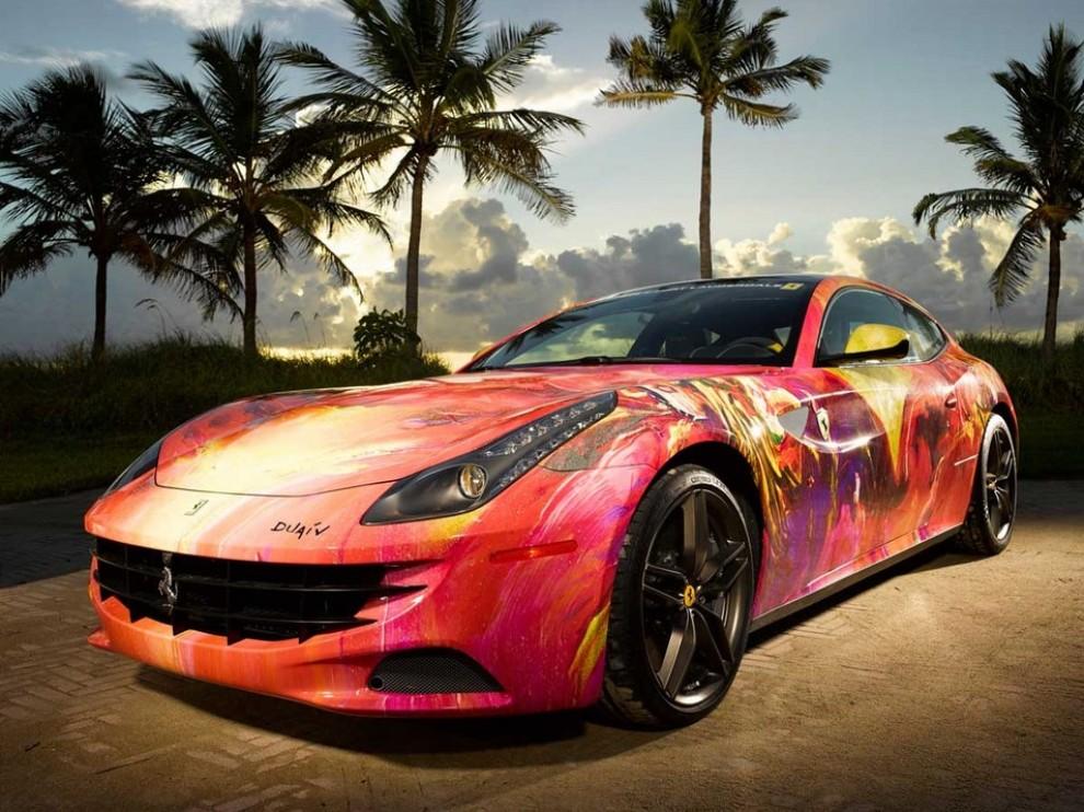 Ferrari FF trasformata in un'opera d'arte - Foto 9 di 25