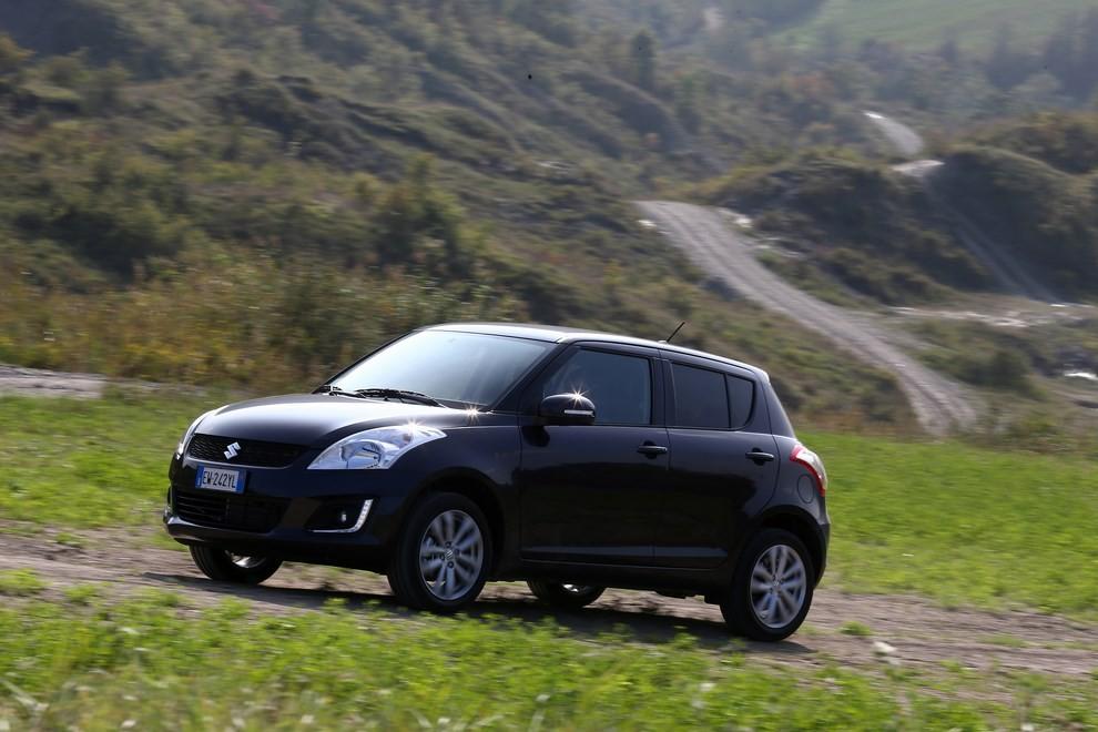 Suzuki Swift 4×4 prova su strada e prezzi della versione a trazione integrale - Foto 16 di 19