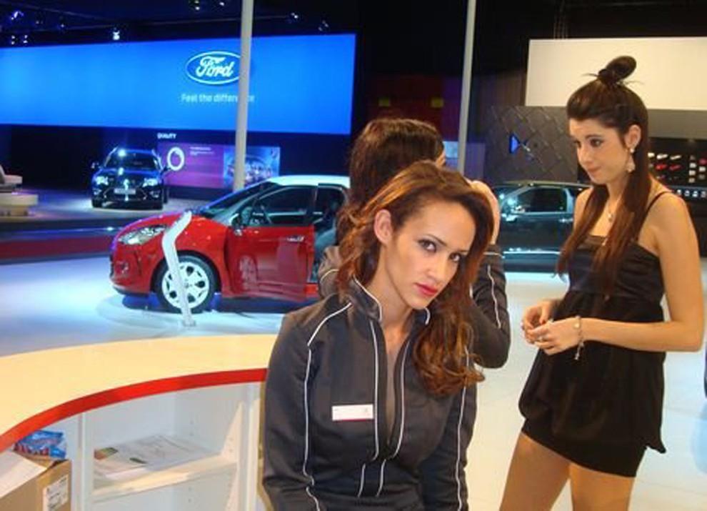 Le ragazze più belle al Motor Show di Bologna - Foto 3 di 12