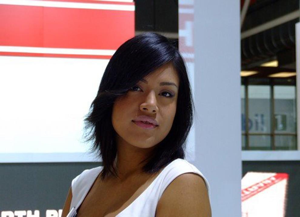 Le ragazze più belle al Motor Show di Bologna - Foto 9 di 12