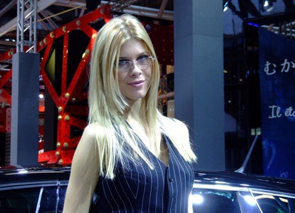 Le ragazze più belle al Motor Show di Bologna - Foto 11 di 12