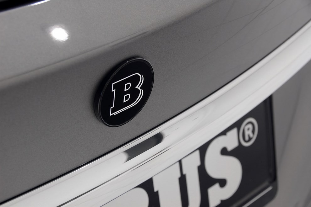 Mercedes GLA 45 AMG da 400 CV elaborata da Brabus - Foto 16 di 33