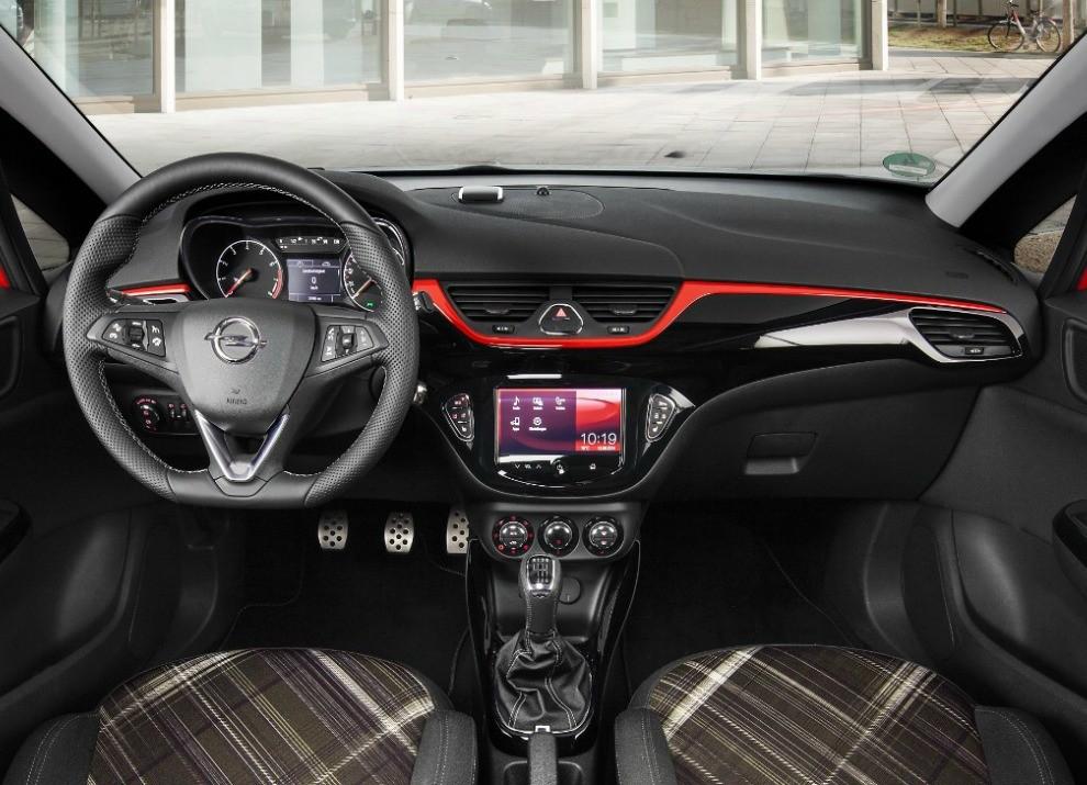 Nuova Opel Corsa prova su strada, prestazioni e prezzi - Foto 8 di 10