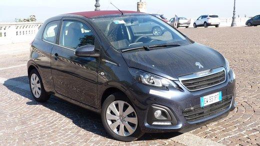 Peugeot 108 prova su strada, prezzi ed equipaggiamenti