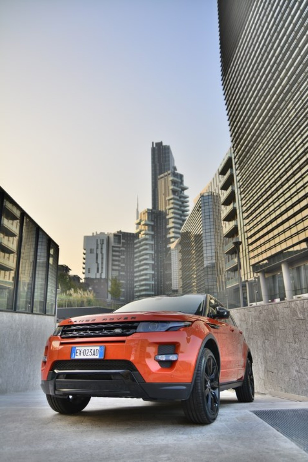 Land Rover New Discovery By Invitation Only Roma – Milano - Foto 9 di 12
