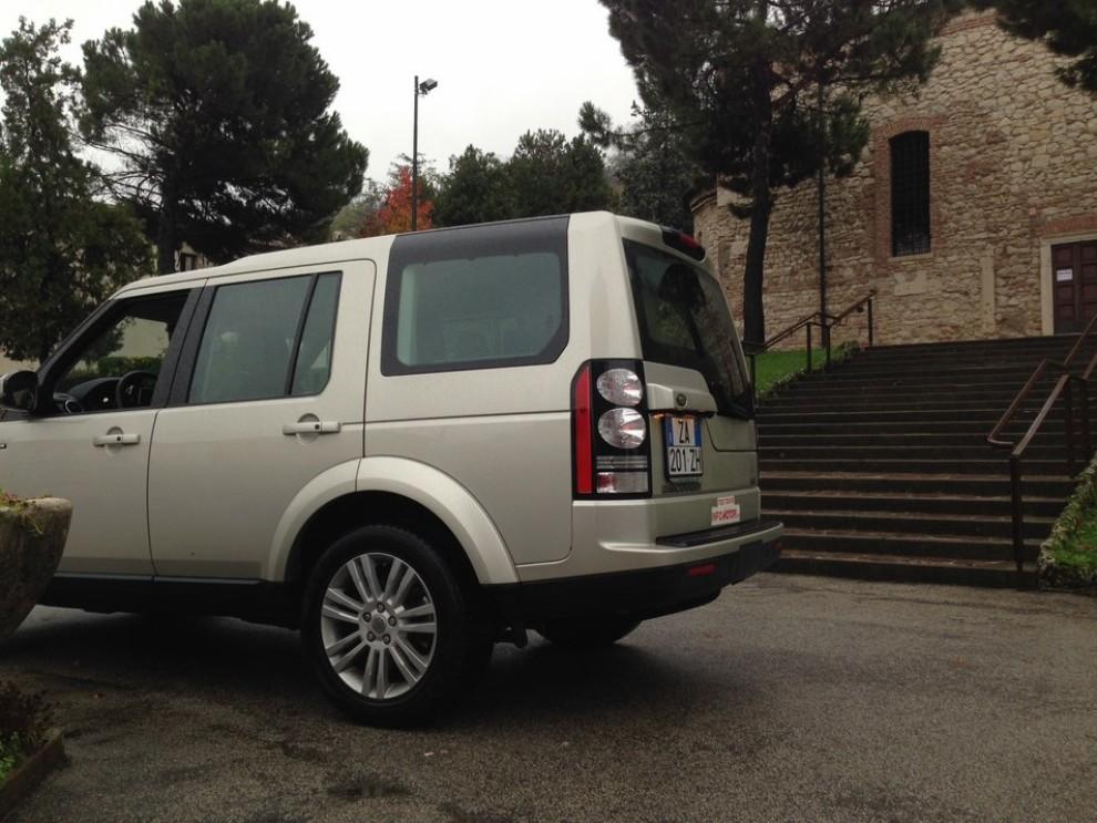 Land Rover Discovery 4 prova su strada e fuoristrada - Foto 16 di 27