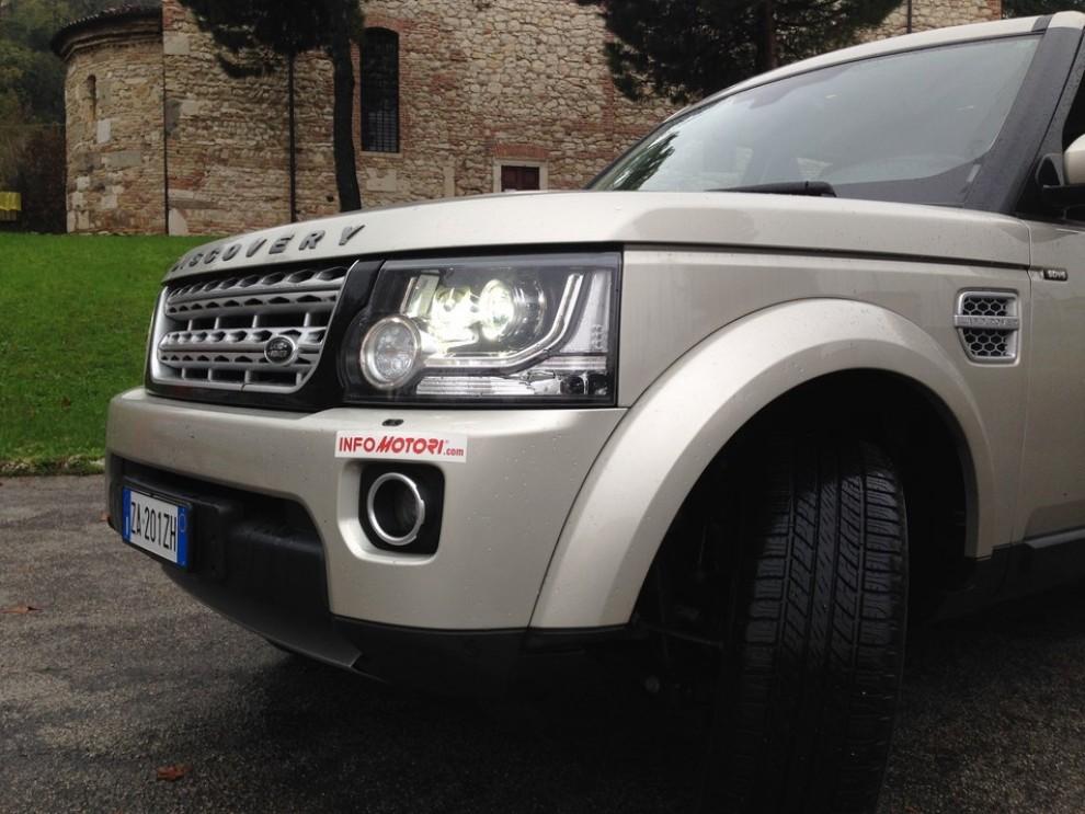Land Rover Discovery 4 prova su strada e fuoristrada - Foto 9 di 27