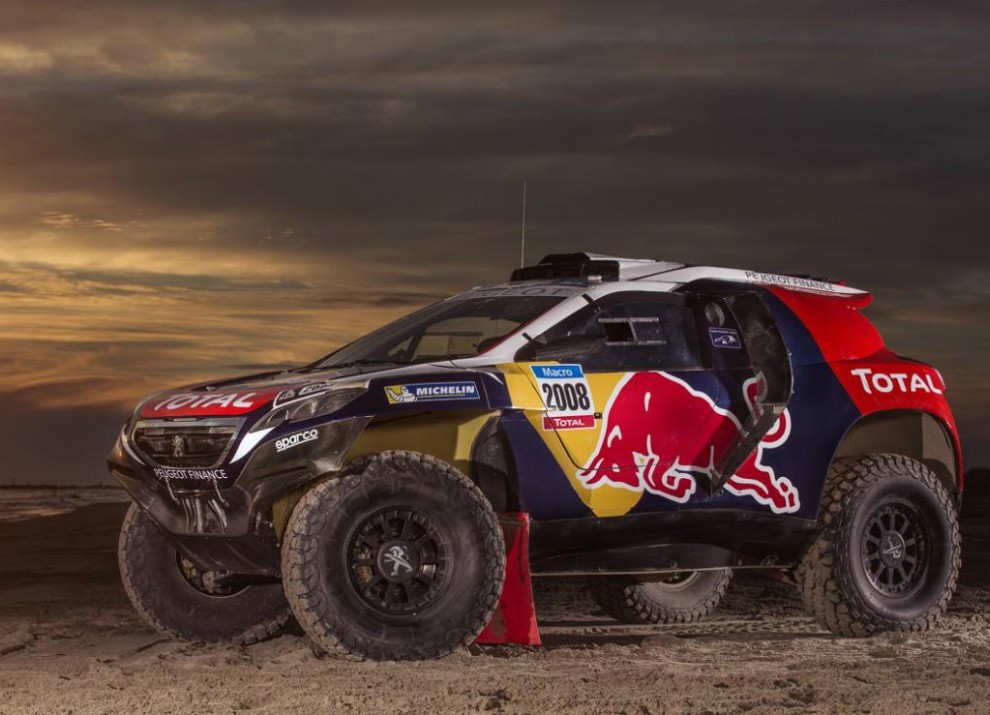Peugeot 2008 DKR con motore biturbo Diesel per la Dakar 2015 - Foto 3 di 3