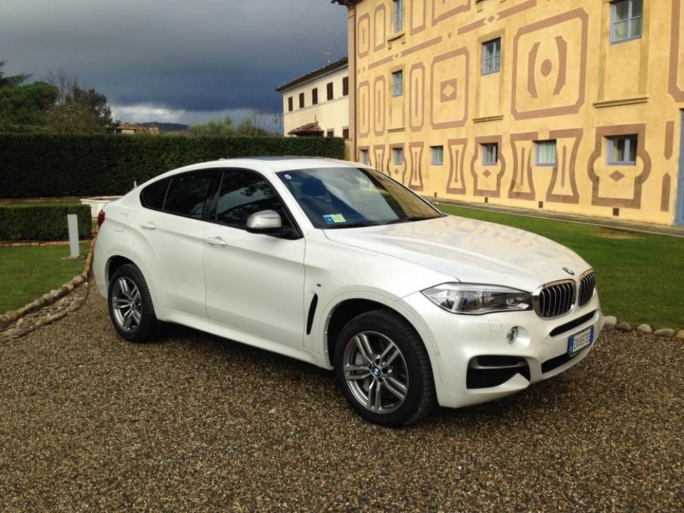Nuova BMW X6 prova su strada, motorizzazioni e prezzi da 70.890 euro - Foto 25 di 25