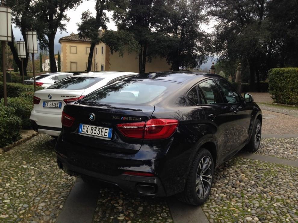 Nuova BMW X6 prova su strada, motorizzazioni e prezzi da 70.890 euro - Foto 9 di 25