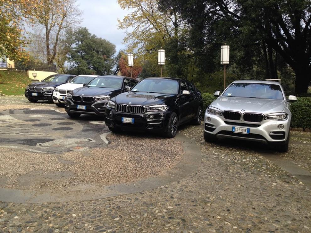 Nuova BMW X6 prova su strada, motorizzazioni e prezzi da 70.890 euro - Foto 22 di 25