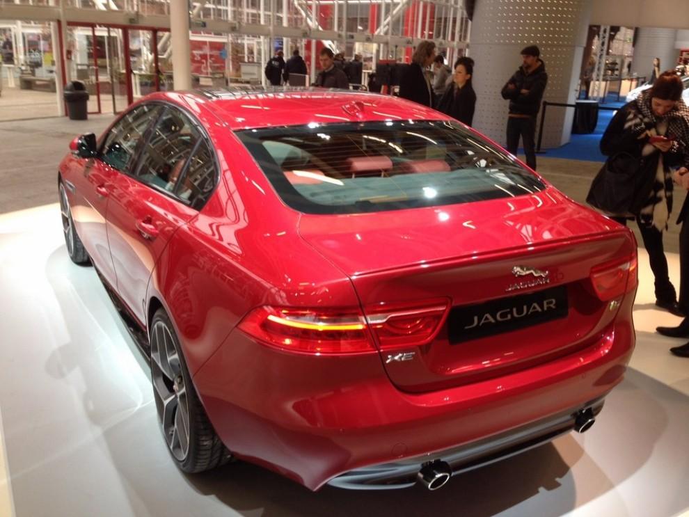 Nuova Jaguar XE anteprima nazionale al Motor Show 2014 - Foto 6 di 7