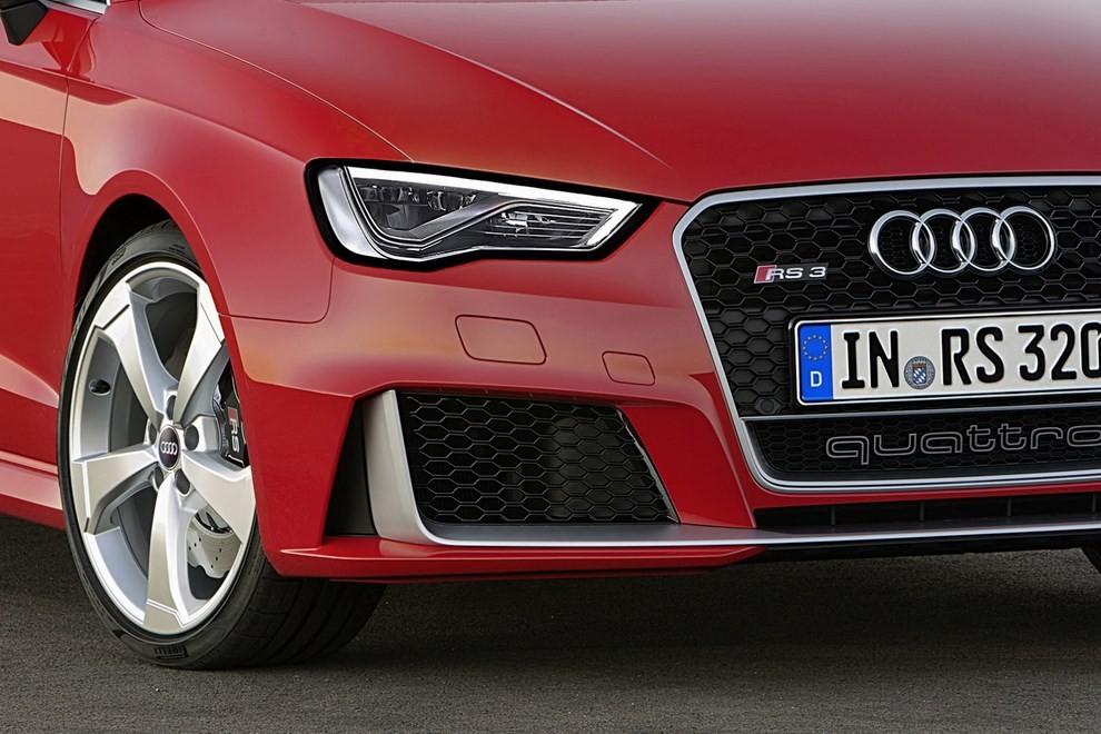 Audi RS 3 Sportback debutta la top di gamma dell'Audi A3 - Foto 11 di 11