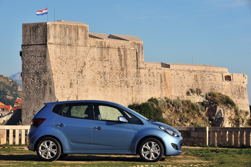Nuova Hyundai ix20 il listino prezzi parte da 15.350 euro - Foto 4 di 5
