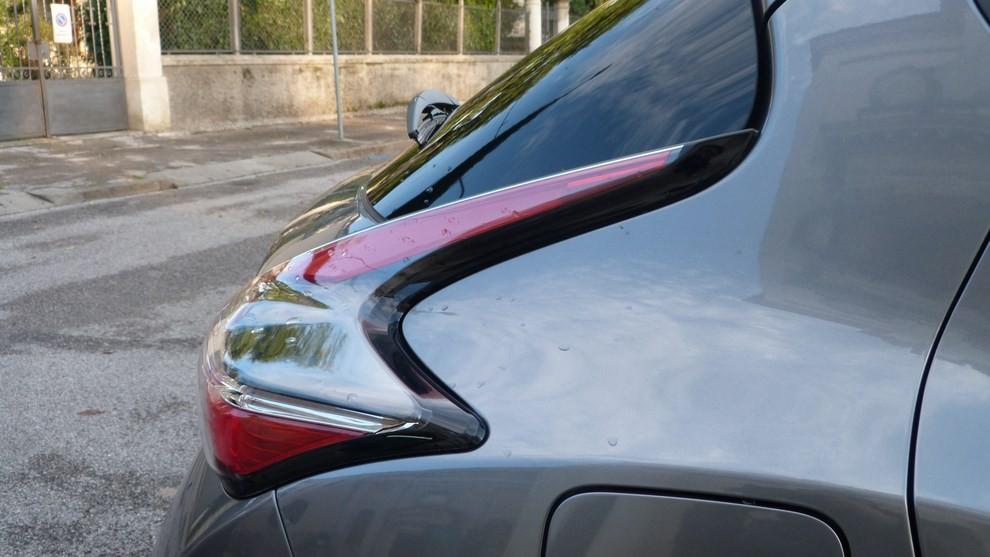 Nuova Nissan Juke 1.5 DCI 2WD Tekna prova su strada e prezzi - Foto 2 di 20