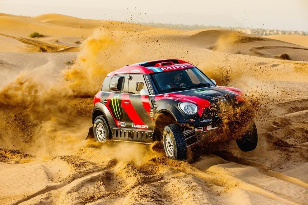 Auto Dakar 2015: le auto dei team principali - Foto 13 di 42